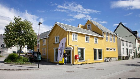 Fasade_kontor_Molde_8972